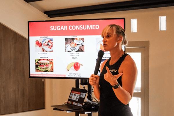 Nutritionist Wendy Riddell conducting a Clean & Lean seminar